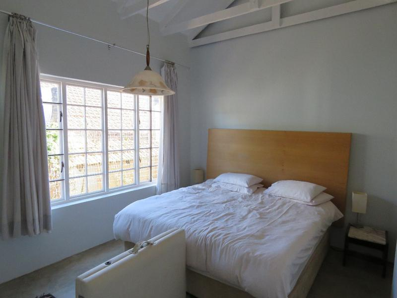 Cottage For Rent in Linden, Johannesburg