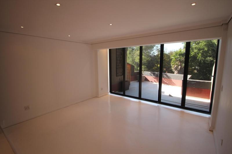 Apartment / Flat For Rent in Braamfontein, Johannesburg