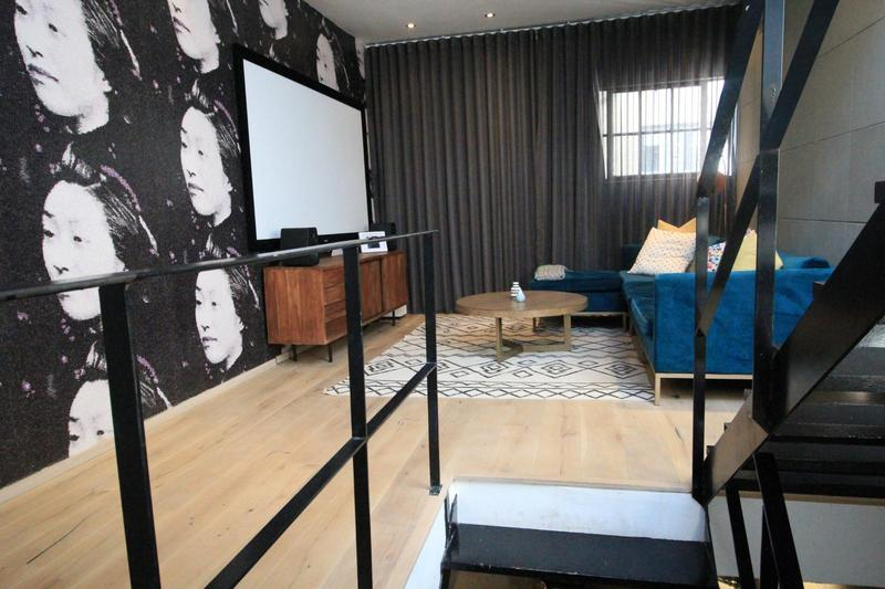 Townhouse For Sale in Milpark, Johannesburg